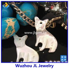 Factory sale Wholesale pendant items carved cat beads mother of pearl stone bead pendant