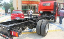 Best Price !China SINOTRUK 4x2 Cargo Light Truck Chassis