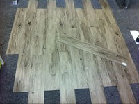 High Quality Luxury Interlocking Vinyl Floor Tile