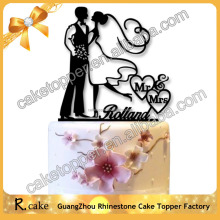 New Launched Product unique bride and bridegroom dancing couple figurines Acrylic Cake Topper For Wedding
