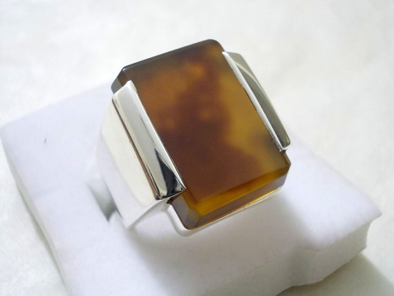 Dark Yellow Agate / Zard Aqeeq Ring in 925 Sterling Silver