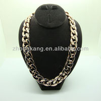 quality big size plastic gold plating chain necklace