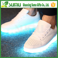 , 2016 latest style for man and women new design led running shoes
