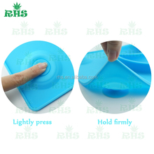 Lovely shape whale plate baby silicone placemt with Super strong suction chuck