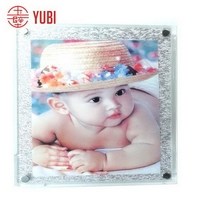 Modern hot selling acrylic multiple picture frame