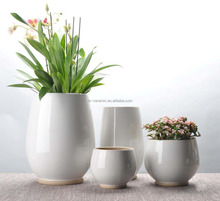 Simple style wholesale garden and outdoor decorative ceramic flower pot and planter