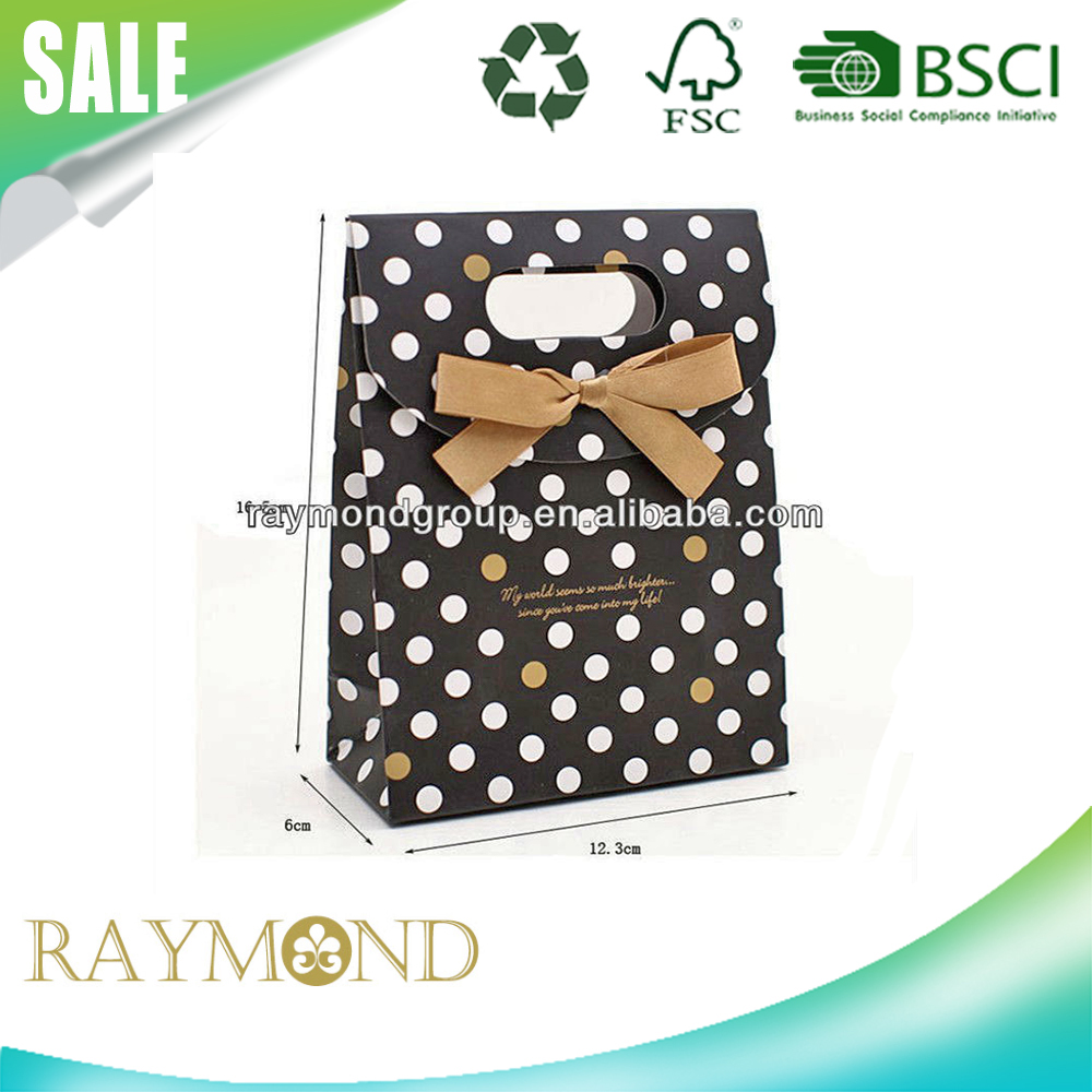 Black and White Spot Dot Optical Design Candy Bag Gift Packaging Paper Bag with Ribbon