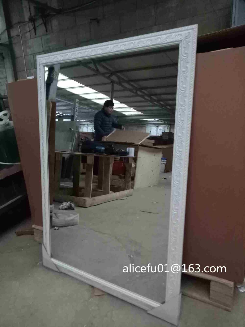 Wholesale custom size White plastic frame wall mounted bathroom mirror