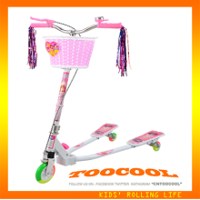 TK07 CE EN71 wing kick scooter with hand brake for store