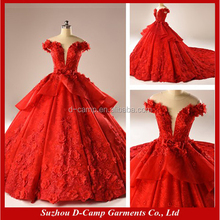 WD005 Fancy ball gown long tain red wedding dress pictures