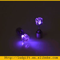 popular flashing&light up led earrings