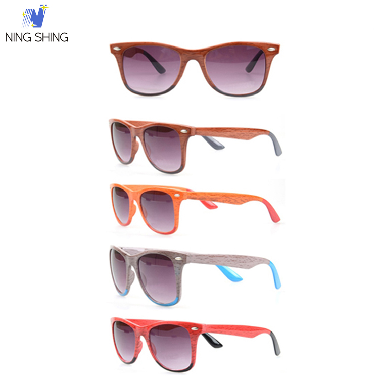 Import China Products Unisex Wood Framed Sunglasses Sunglasses Made In Italy