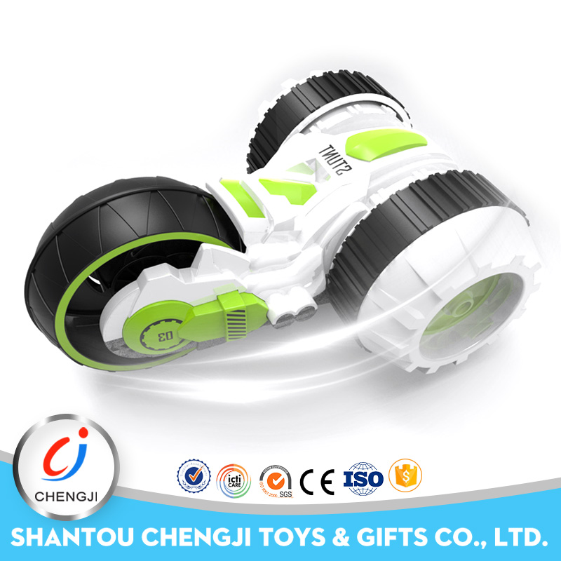 Good selling 3 rounds stunt universal remote control toy car
