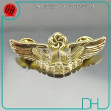 Top Quality Real Gold Factory Custom Enamel Pilot Wing Badge