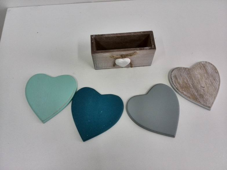 <strong>Wooden</strong> And MDF Coasters Heart Shape ones, 4 pieces as 1 set, mutching the trays