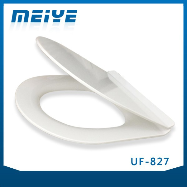 UF-827 UF Soft-closing Seat Cover completed with Watermark Toilet