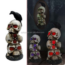 Resin skull Halloween decoration with corbie led solar light