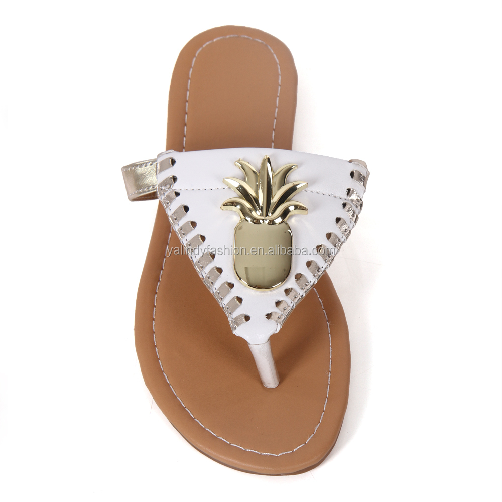 Wholesale Women's Metal Triangle Pineapple Flip Flop