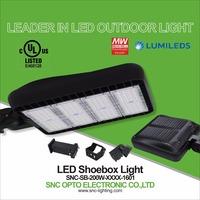 130LM/W 200W gooseneck light fixture IP65 LED shoebox light 5 years guarantee led parking lot UL cUL