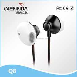 2016 Fashional free samples earphone with packaging for mp3 player