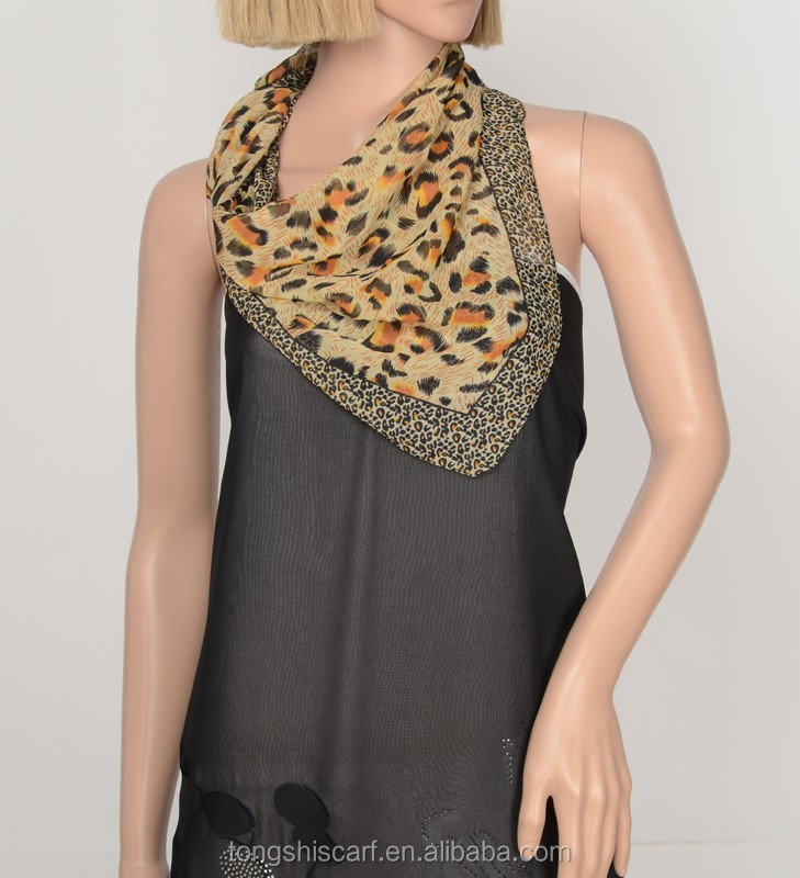 2017 Spring/Summer Lady's fashionable leopard chiffon square scarf