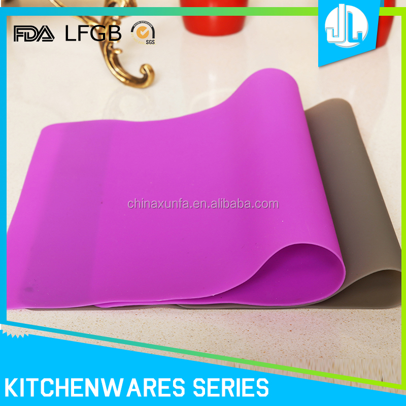 High quality heat resistant eco-friendly silicone baking mat