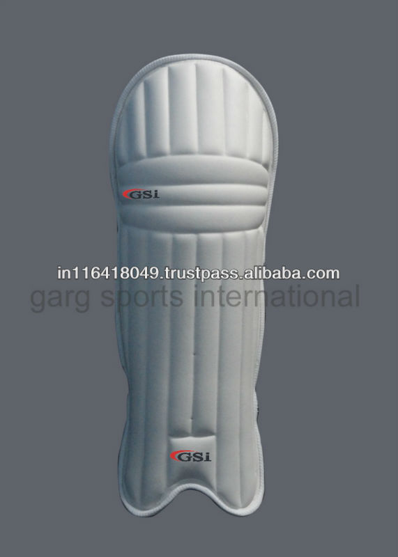 Moulded Cricket batting pads