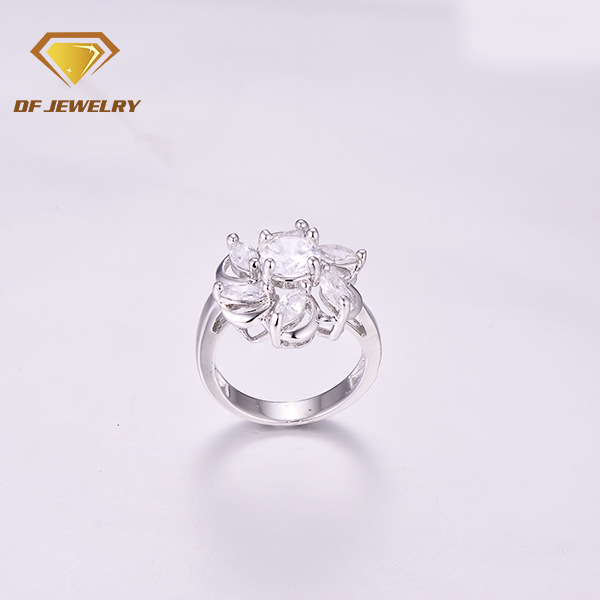 New design brass magic crystal fashion jewelry big flower rings as mother's day gift