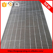 steel m.s. grated floor with angle frame