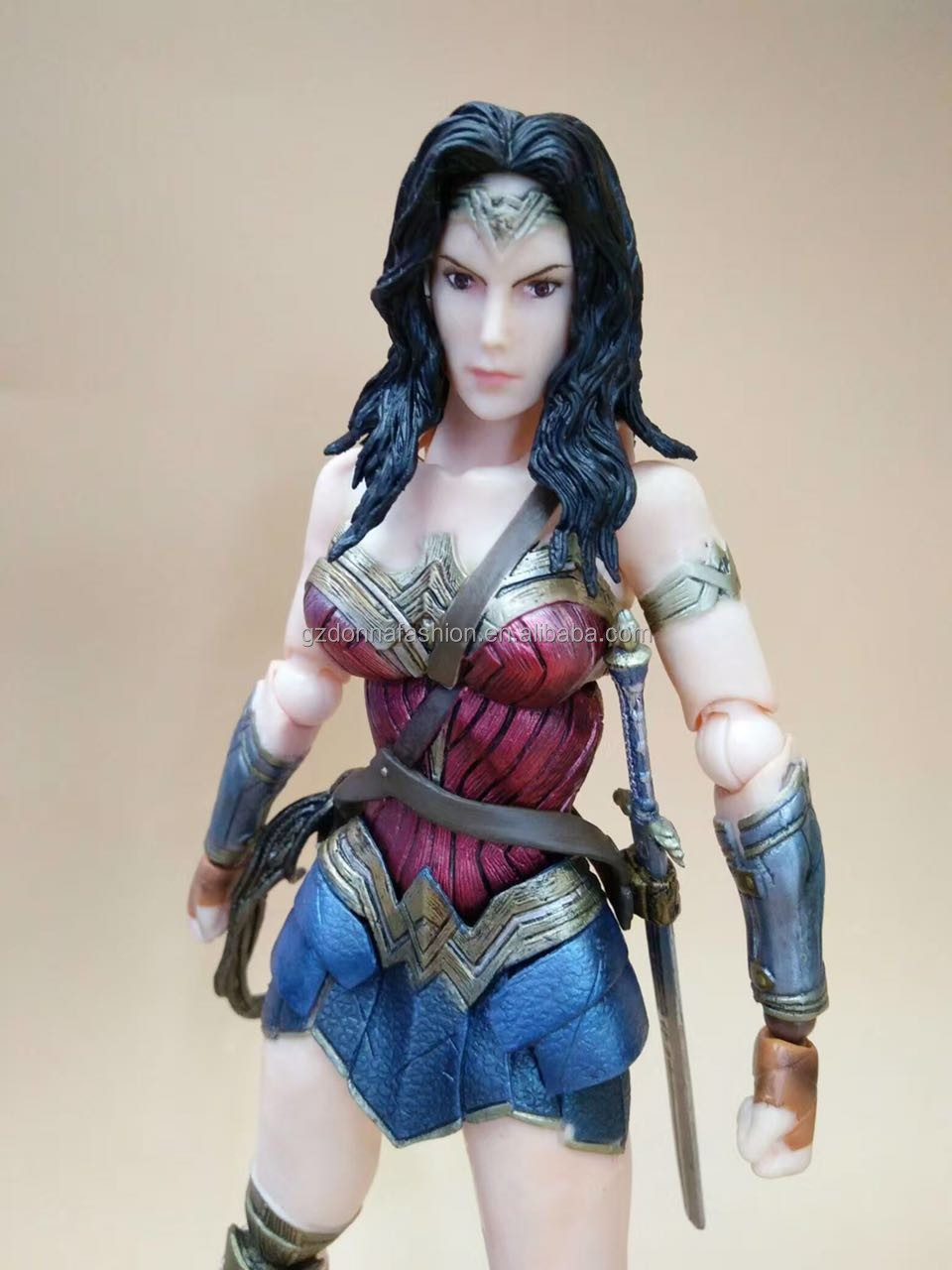 Gzdonnafashion Play Arts Kai Wonder Woman Action Figures Dawn of Justice Action Figure