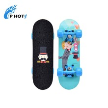 Cheap 17 inch 4 wheel 9 layer Chinese maple skate board skateboard for kids