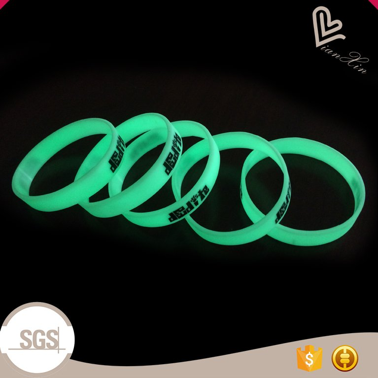 Top quality custom glow in the dark silicone wristband for events