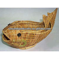 Fish shape fern fruit baskets