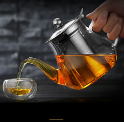 Pyrex glass teapot with stainless steel infuser