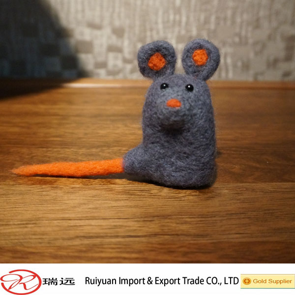 2016 best-selling grey mouse felted wool animals promotional items China