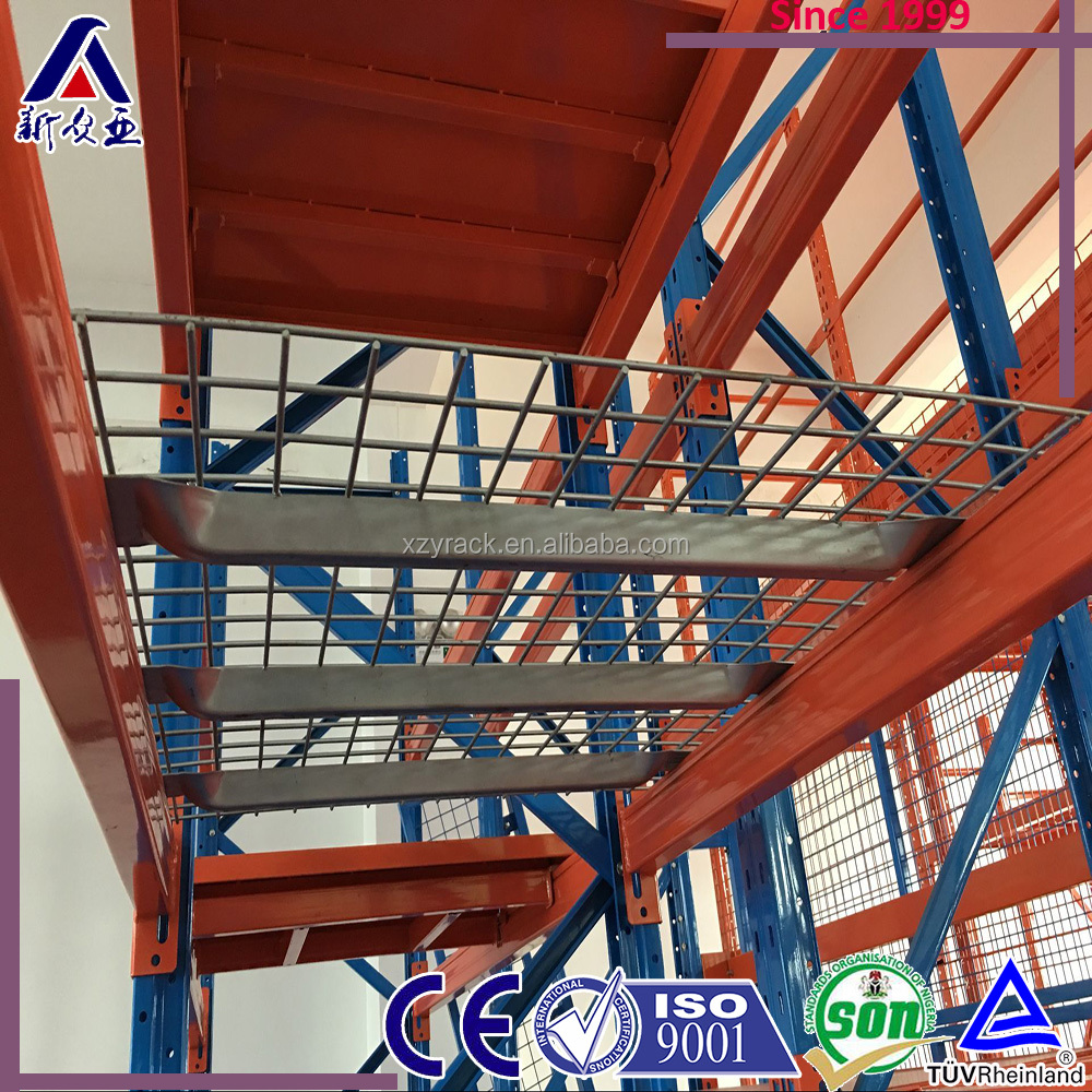 Metal pallet wire mesh cage for storage racking system