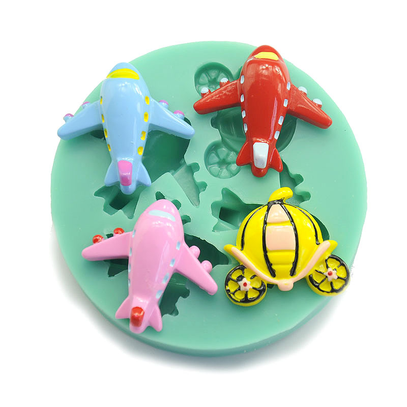 New Arrival Cartoon Aircraft Shape Soft Silicone Cake Stand Silicone Cake Clay Soap Mould Decorating Tools Biscuit mold