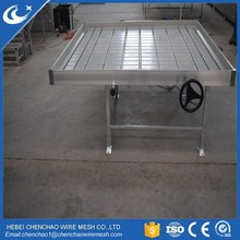 Stationary Commercial Greenhouse Growing Benches water tray top rolling bed