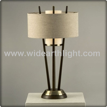 ul listed retro style hotel room wooden tripod table lamp. Black Bedroom Furniture Sets. Home Design Ideas