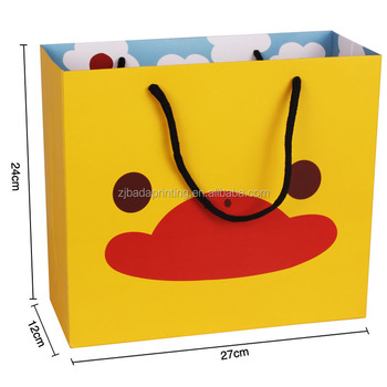 Cute Yellow Duck Printed Paper Packaging Gift Bag With Handles