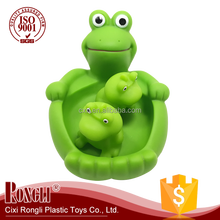 Wholesale Floating Frogs Toy Lovely Animal Water Play Baby plastic bath toy