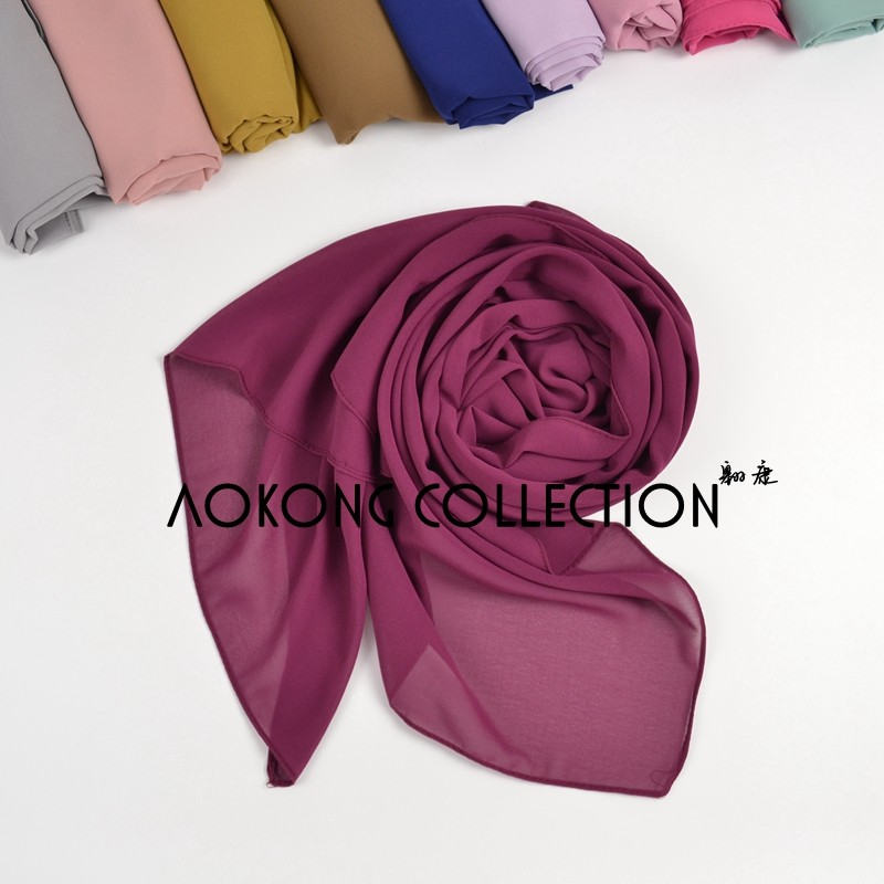 Hot sale high quality 75 colors women islam malaysia thick muslim georgette scarf solid plain bubble chiffon hijab