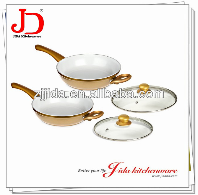 FORGED ALUMINUM SAUTE PAN WITH LID WITH CERAMIC NON-STICK COATING AND INDUCTION BASE