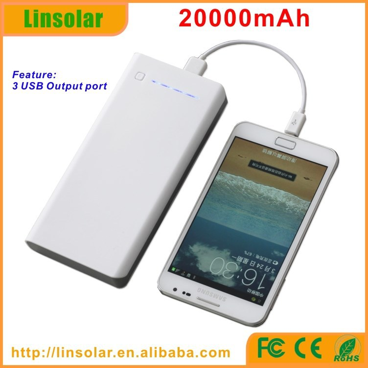 wholesale 3 usb 20000mAh 5V 2.1A tablet mobile phone 18650 rechargeable outdoor battery box