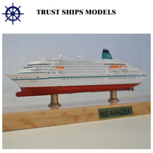 Cruise ship model for decoration