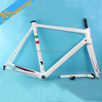 2015 chinese popular style carbon road bike frame for sale including frmae fork seatpost headsets clamp color white