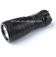 Underwater 200m IP68 waterproof 6000 lumen led flashlight