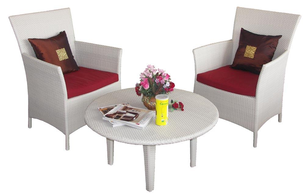 TF 1050 Wicker rattan patio chairs and round coffee table