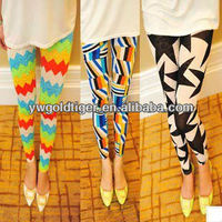 Hot Selling Fashion Lady Get BSCI Certification Item Sex tights Slim Women Rainbow Waves Geometric Diamond Print Leggings