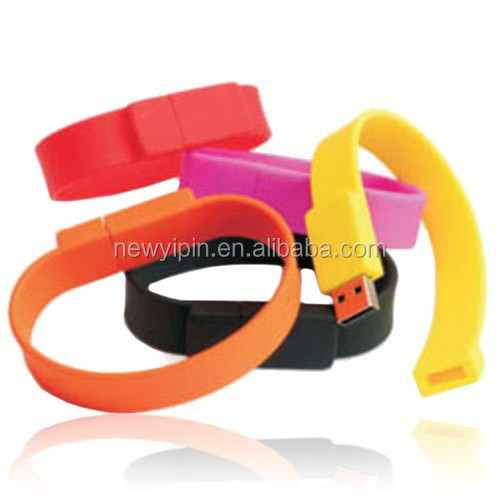 2015 Cheap Promotional Silicone Bracelet USB band